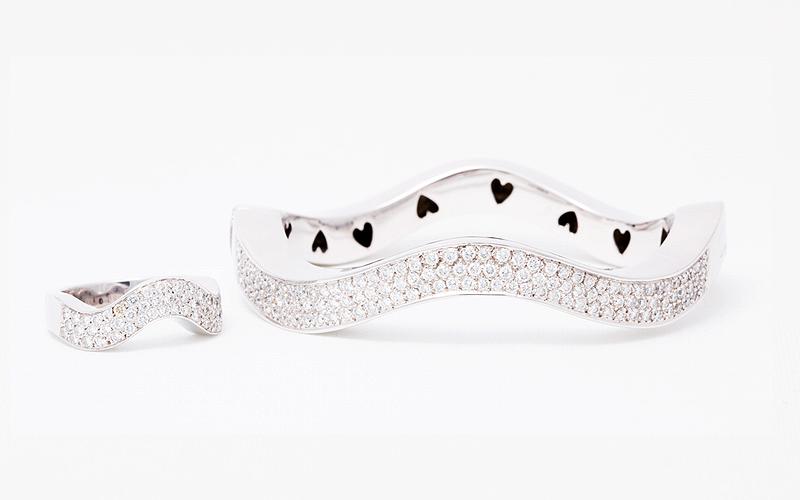 Exclusieve trouwringen, met diamanten in witgoud.